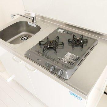 調理スペースは少し小さめです