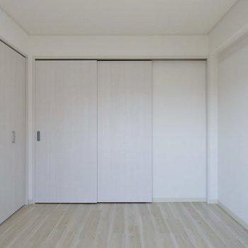 建具も白で統一※写真は同タイプの別室