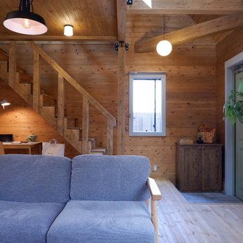 【LDK】観葉植物も置きたくなりますね。※家具はサンプルです