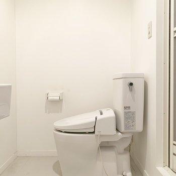 トイレはウォシュレット付きです○