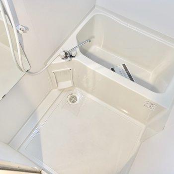 お風呂に浴室乾燥機つき!