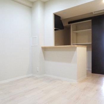 ソファーを置いてリビングに※写真は2階の同間取り別部屋のものです