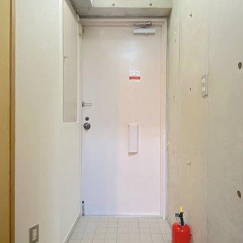 玄関マットがあるといいかもしれません。