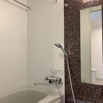浴室乾燥はマストですよね〜※写真は4階の同間取り別部屋のものです