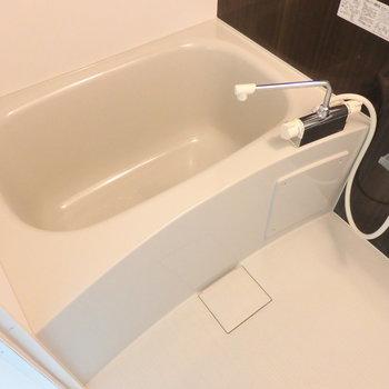 お風呂も広々です。※写真は前回募集時のものです