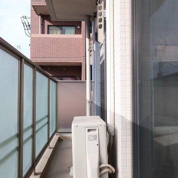 バルコニーも日当たりしっかりですよ※写真は2階同間取り別部屋のものです