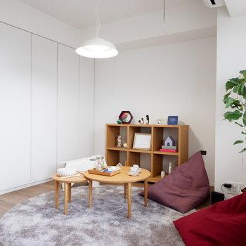 ここは子供部屋に良いですね。※家具はサンプルです