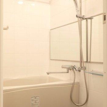 洗濯物もしっかり乾かせます。※写真は4階の反転間取り別部屋のものです