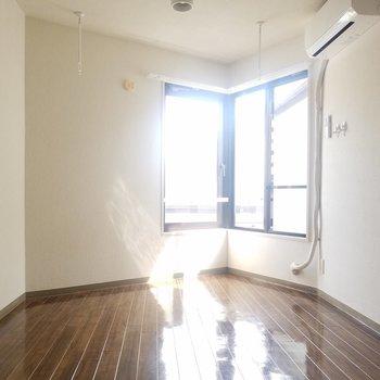 はい、発射〜※写真は3階の同間取り別部屋のものです