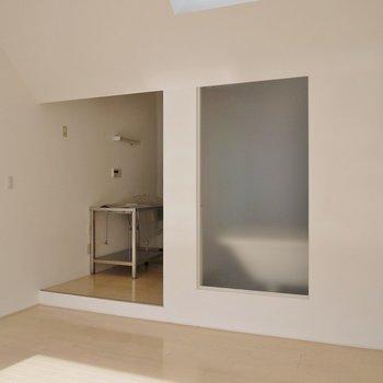 スケルトンなバスルーム♪※写真は同タイプの別室