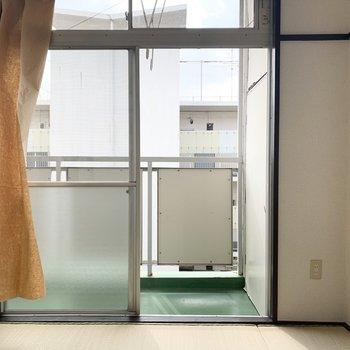 【和室】大きな窓なので風通しも良好です。※写真は前回募集時のものです