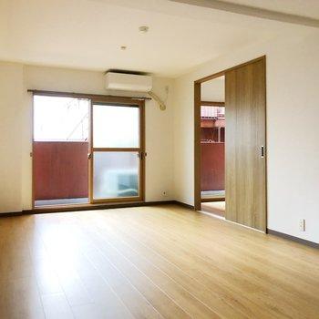 エアコンも完備◎続いては洋室を見ていきましょう。