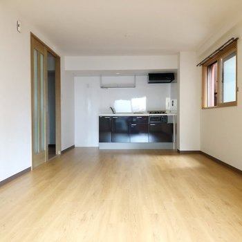 広々14帖のリビングは家具の配置を変えて、楽しむことも出来るお部屋。