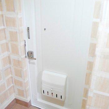 温かみのある玄関のデザイン