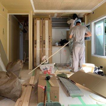 【工事中】壁が取り払われ、お部屋の全貌がで明らかになってきました〜!