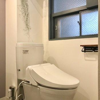 きれいなトイレにウォシュレット!