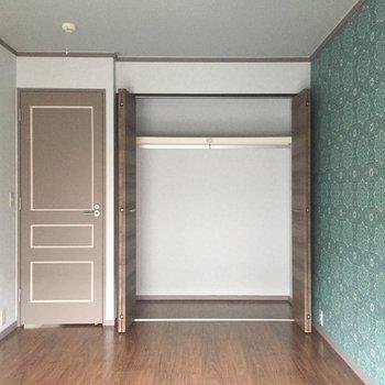 【洋室2】収納も十分。※写真は通電前のものです
