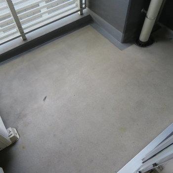 バルコニー※写真は7階同間取り・別部屋のものです。
