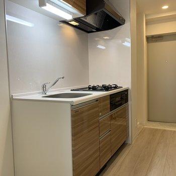 キッチンにも収納スペースたくさんあります!