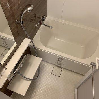 お風呂も広ーいです!
