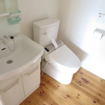 脱衣所とトイレは同じ空間に