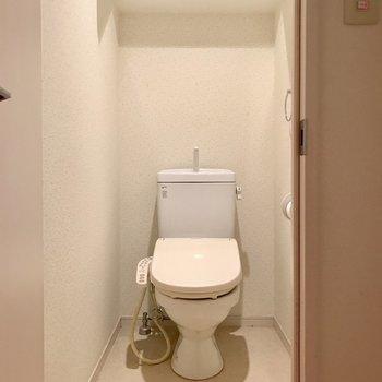 ウォシュレット付いてます!※写真は14階の同間取り別部屋のものです