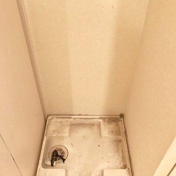脱衣所に洗濯機を置けます。※写真は14階の同間取り別部屋のものです