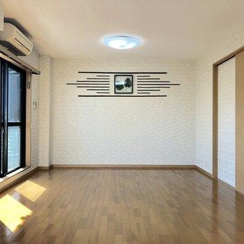 反対側には和な装飾が施されております※写真は3階の同間取り別部屋のものです