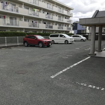 駐車場は全て自走式。