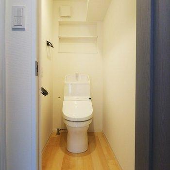 トイレもゆったりサイズですね◎