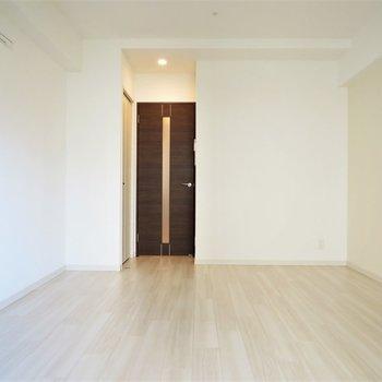 いい意味で一般的な間取り※写真は4階の似た反転似た間取り角部屋のものです