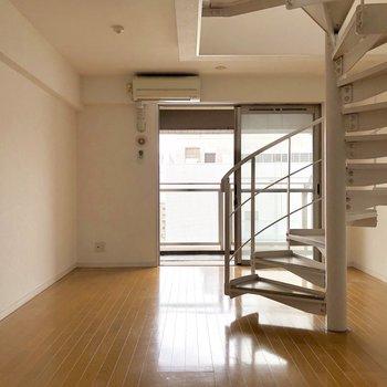 階段の存在感あります。。!