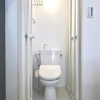 トイレが脱衣所代わりに使えるかな。