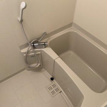 お風呂のスペース十分にあります
