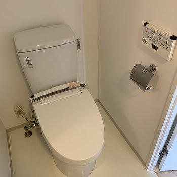 トイレも綺麗ですね