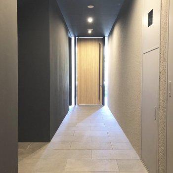 1F共用スペースはホテルのよう。