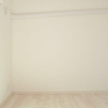 【洋室5.1帖】洋室のどっちかは作業スペースにしたいですね。