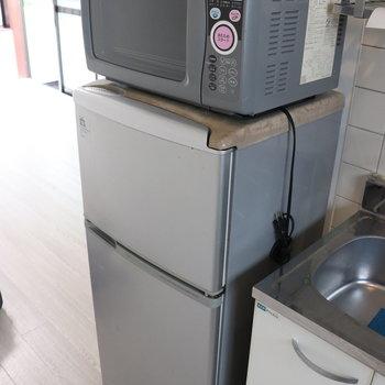 嬉しいな、冷蔵庫と電子レンジ付き◎