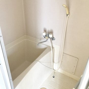 バス・トイレ別!シンプルだから使いやすい。 (※写真は清掃前のものです)