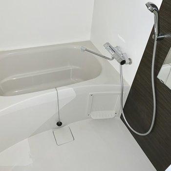 お風呂十分な広さあります※写真は通電前のものです。