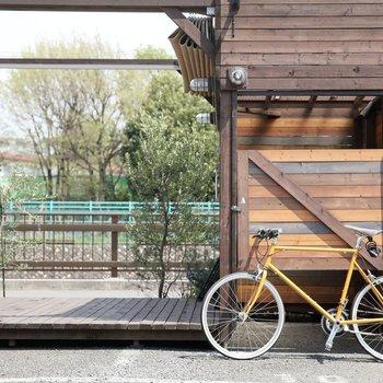 川沿いにサイクリングに出かけよう