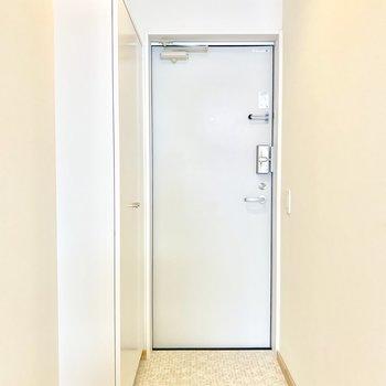 ホワイト玄関