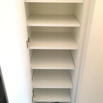 靴箱は余裕があります!※写真は3階の同間取り別部屋のものです