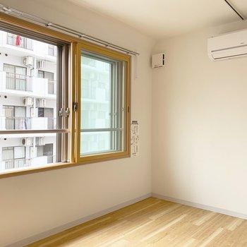 家具も置きやすそうな真四角のお部屋です