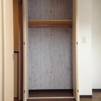 クローゼットはバッチリ。 (※写真は3階同間取り別部屋、清掃前のものです)