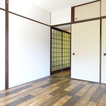 子供部屋にしても十分な広さ◎廊下に繋がります。
