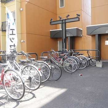 敷地内の駐輪所です
