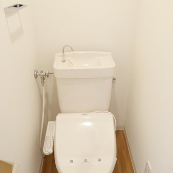 トイレはウォシュレットついてますよ!