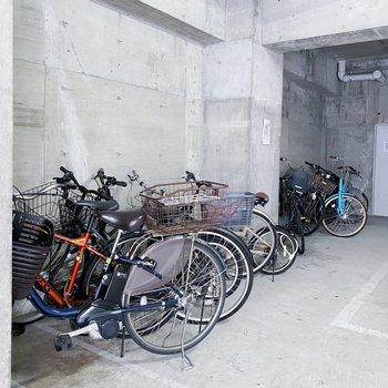自転車置場も広くて出し入れしやすそう◎