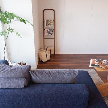 【LDK】ここで仲良く映画を見たり。※家具はサンプルです